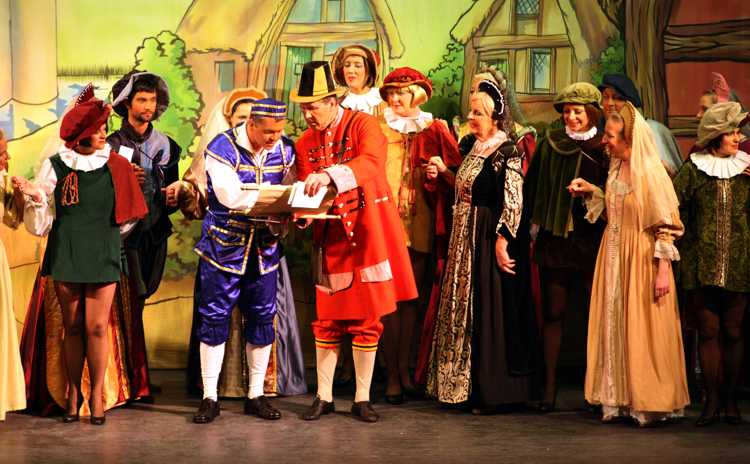 Cinderella Pantomime Broxbourne: Buttons, Town Cryer and Villagers