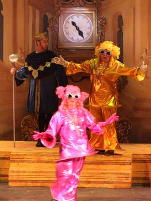 Cinderella Pantomime Broxbourne: Ugly Sisters enter the Ball